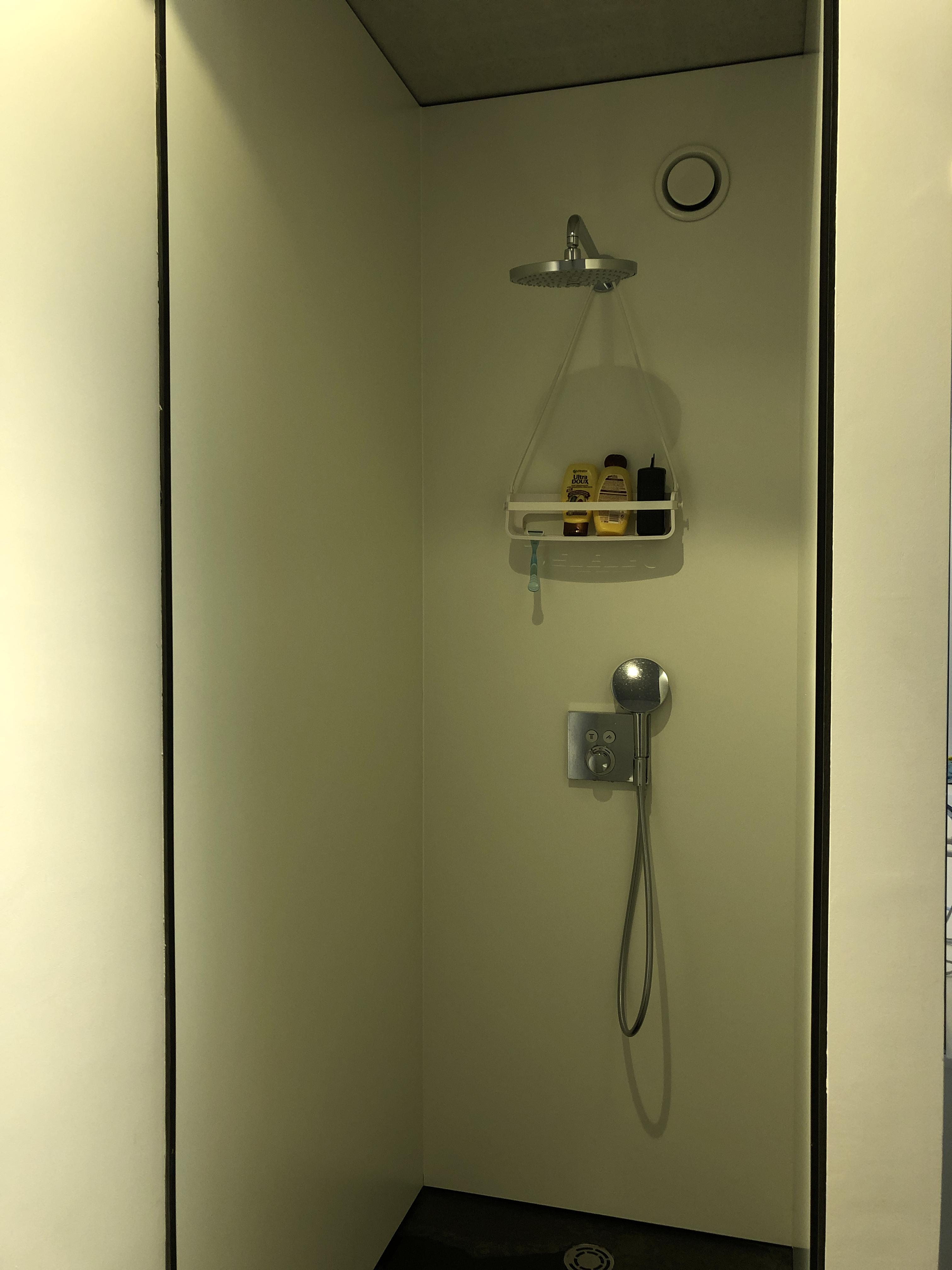 Badkamerkast Op Maat.Badkamerkast Op Maat Interieur En Schrijnwerkerij